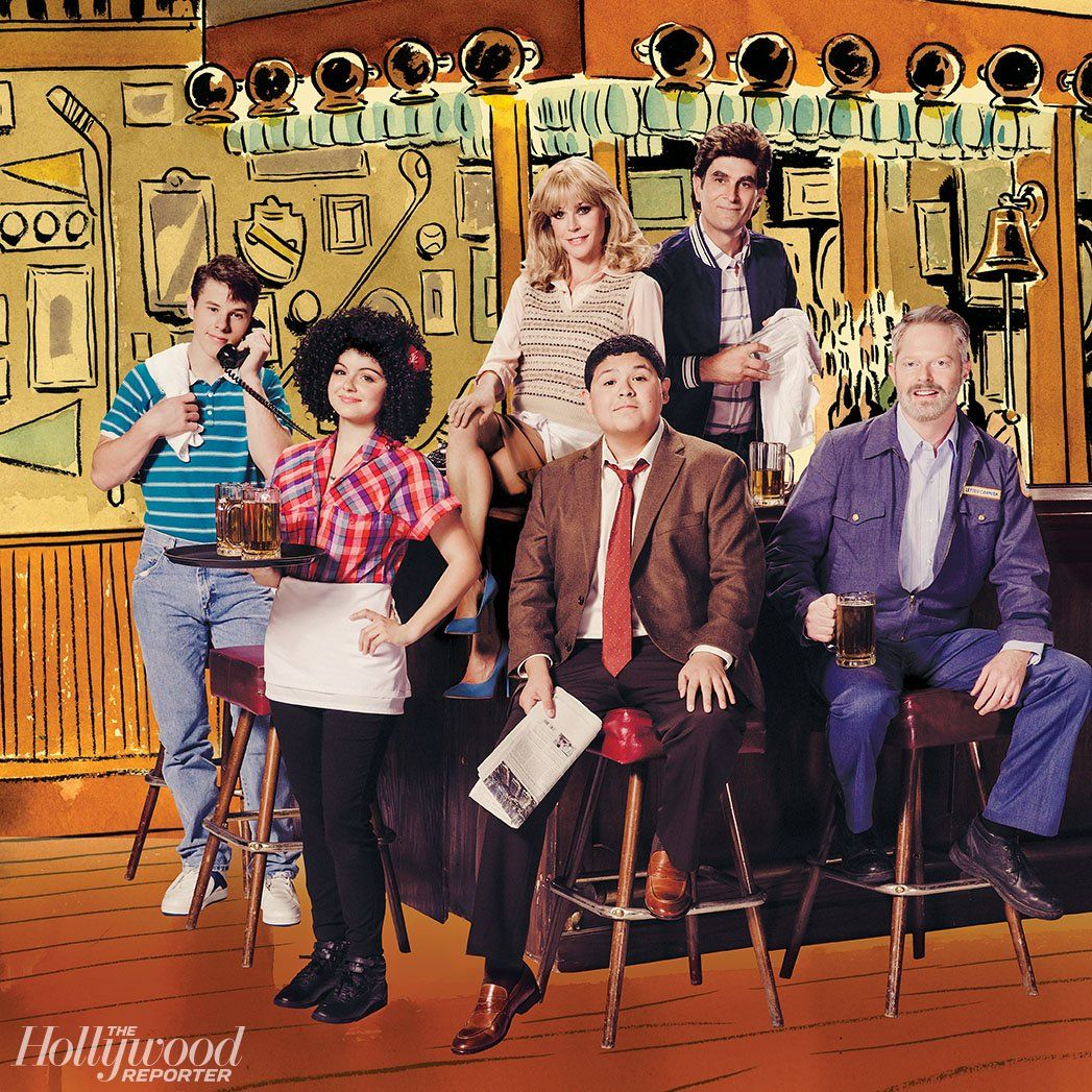 Modern Family Cast Takes On Hollywood S 100 Favorite Tv Shows Modern Family Funny Modern Family Quotes Modern Family