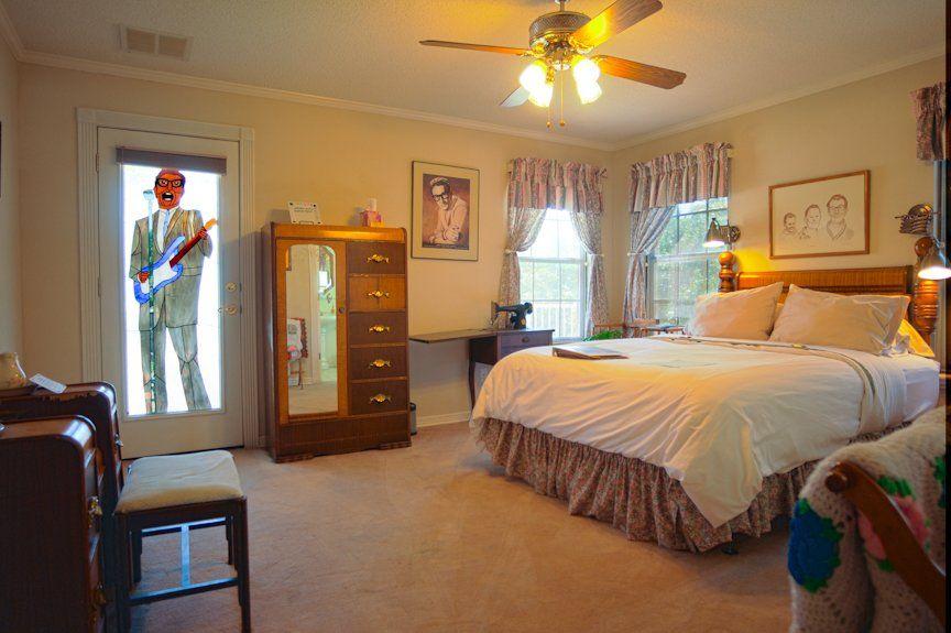 50s bedroom - Google Search | 50s bedroom, Home decor, Bedroom