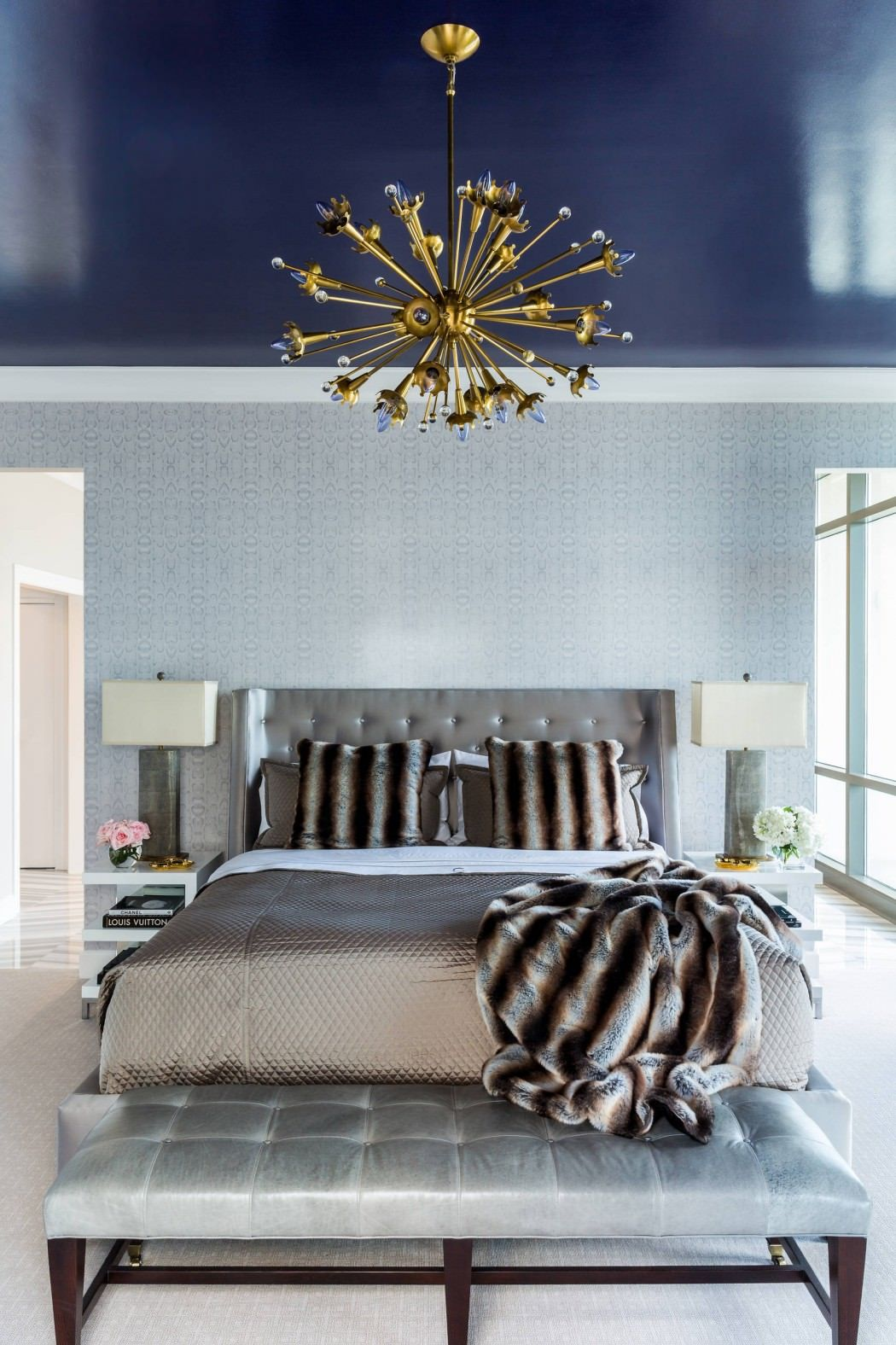 Fabulous ceiling feature... #interiordesign #inspiration #bedroom #lighting #ceiling #color #navy
