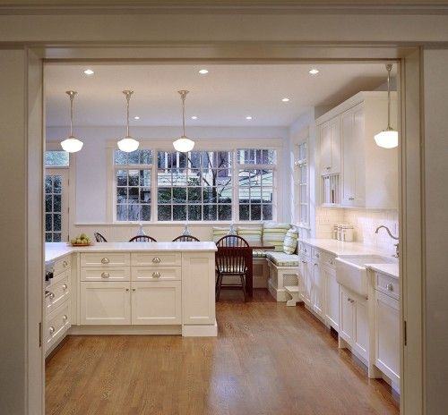 White Cabinets Pulls Sink Island From Radifera Design Group On Houzz Com Traditional Kitchen Design Traditional Kitchen Kitchen Banquette