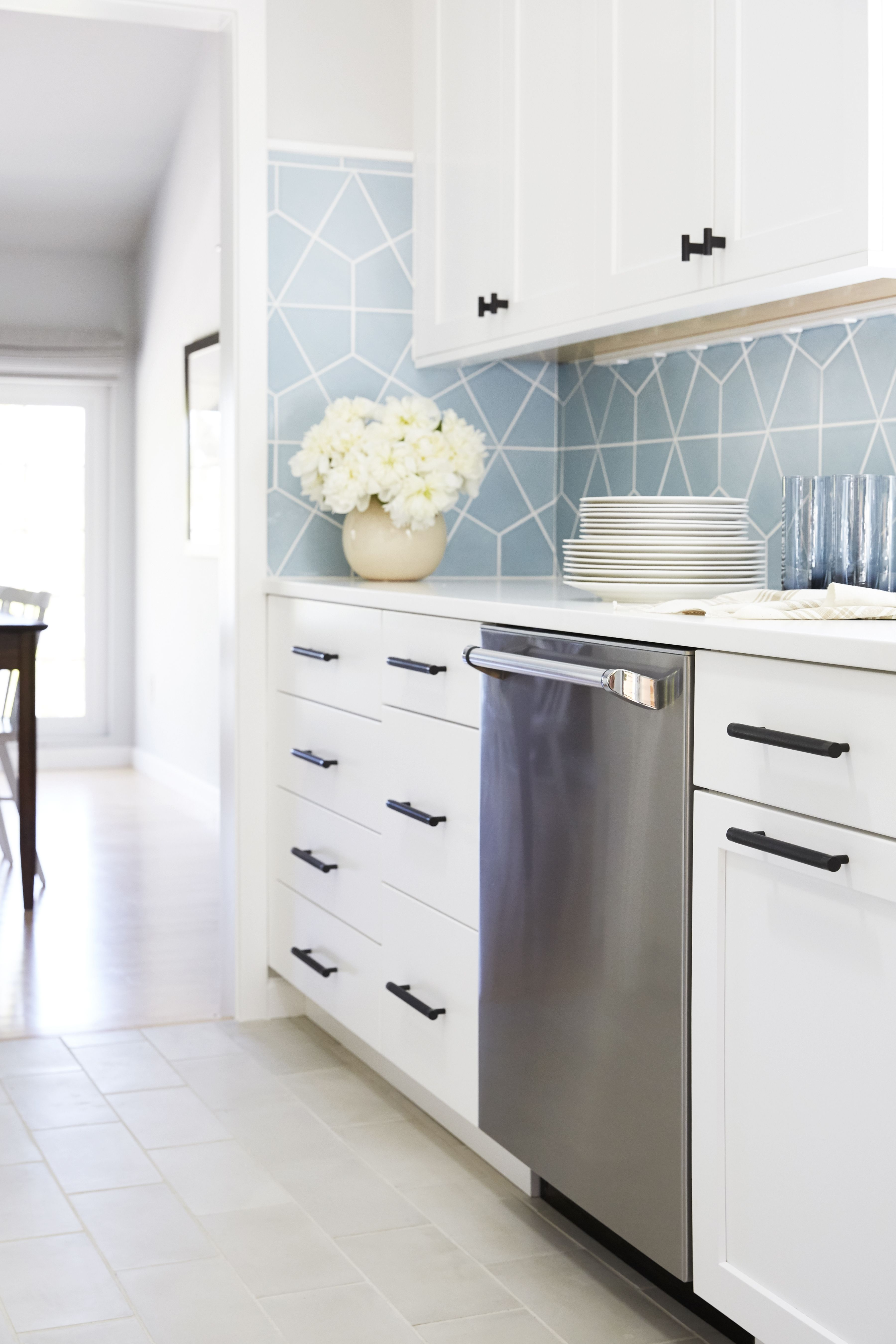 Hexite In Crater Lake Kitchen Projects Kitchen Tiles Kitchen Remodel