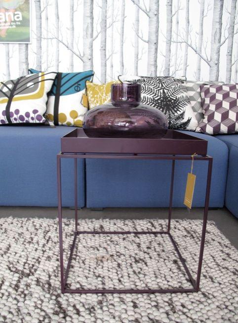 Hay Tray Table Beistelltisch Schwarz 30x30x34cm Weihnachtsgeschenkshop