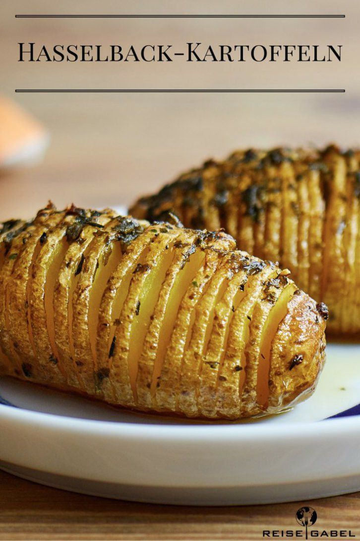 Hasselback potatoes with garlic and thyme - travel fork -  Hasselback potatoes 1  -
