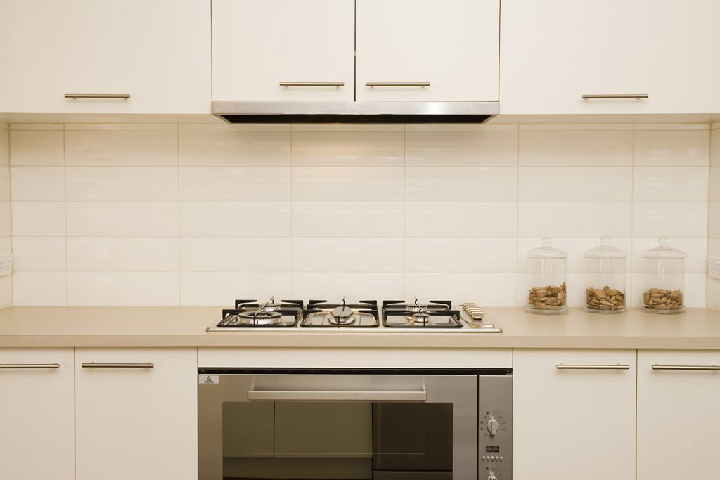 Kitchen Tiles Stacked Subway Tile Gloss White 300 X 100 With