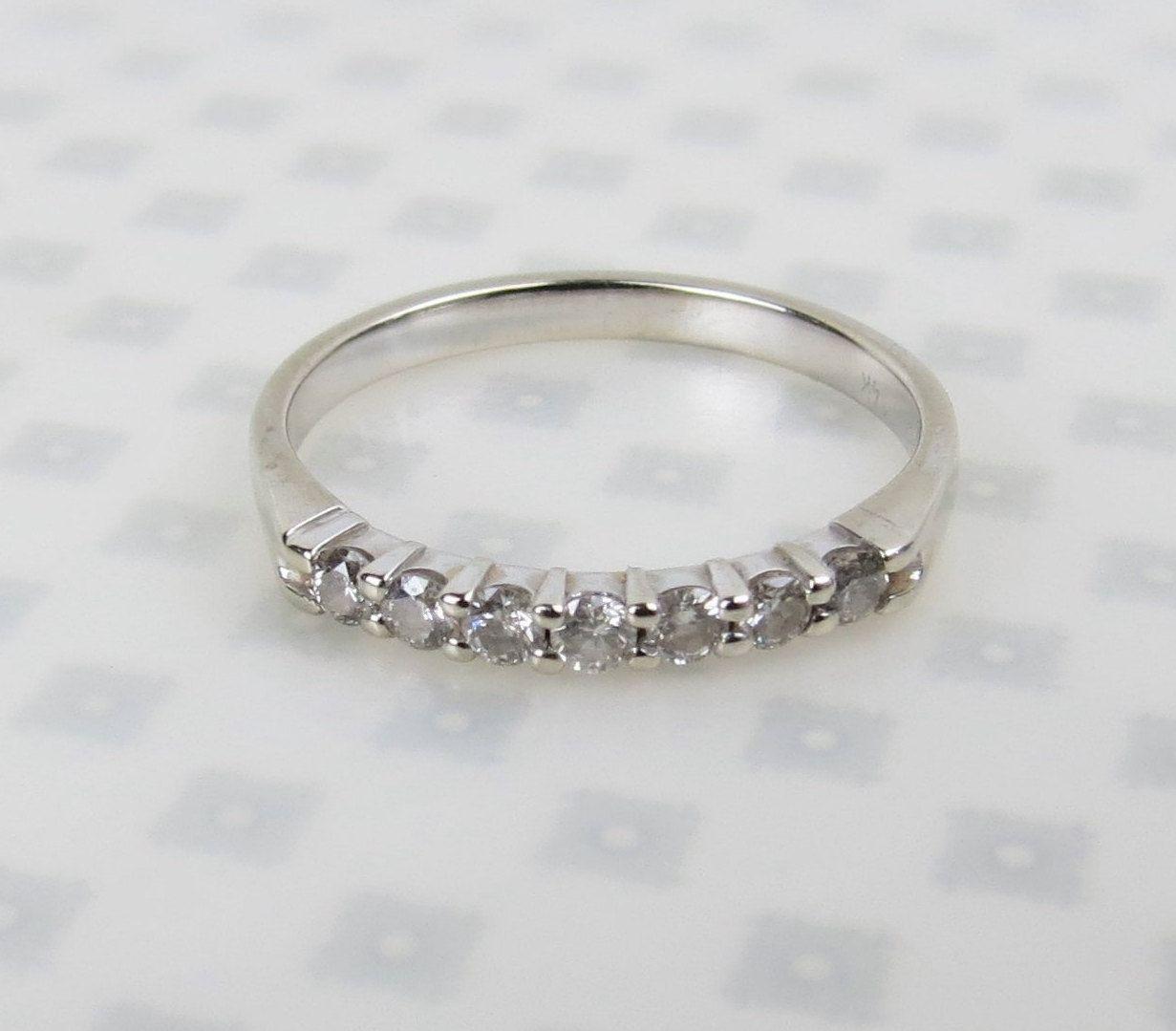 Vintage Retro petite  1930s yellow /& white gold .08 carat diamond ring