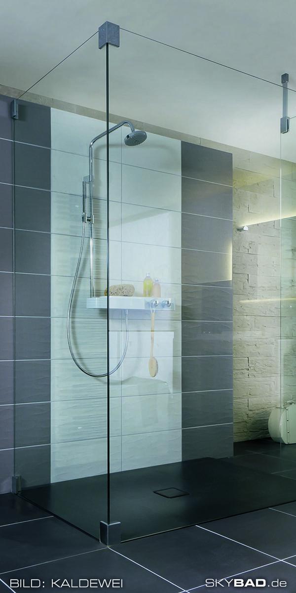 Barrierefreies Badezimmer Mit Ebenerdiger Dusche In 2020 Ebenerdige Dusche Badezimmer Design Dusche