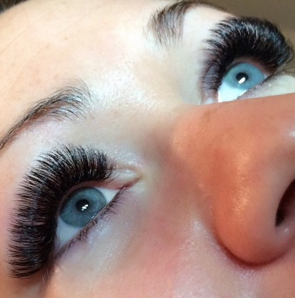 c866fe6951b Borboleta interviewed with POPSUGAR on the Do's and Don'ts of eyelash  extensions!