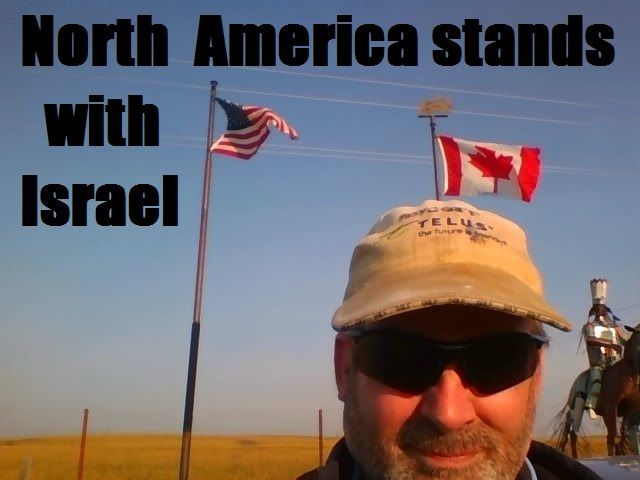 He stands on US / Canada border as the world's longest international boundary from ocean to ocean excepted from Alaska.