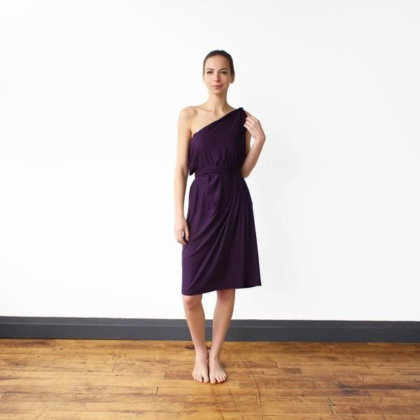The Chrysalis Cardi. Innovative travel clothing that helps you travel lighter. Women's travel apparel proudly made in Toronto, Canada from eco-conscious fabrics.