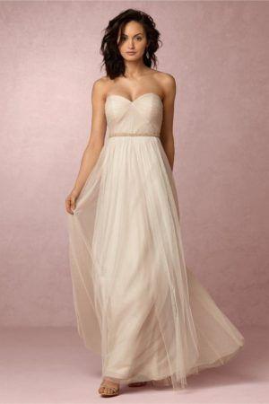 vestidos de novia nude que han dejado al blanco en el olvido | el