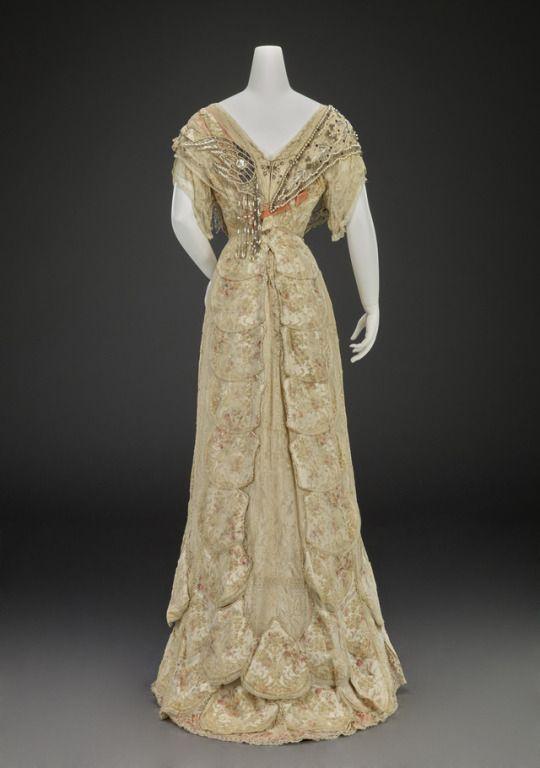 Evening Dress  Girolamo Giuseffi  1905-1908  Indianapolis Museum of Art