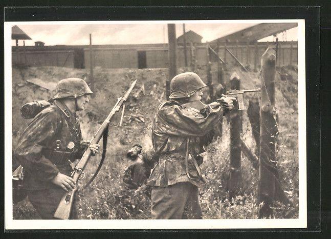 old postcard: AK Unsere Waffen-SS, Besetzung eines Bahnhofs im Osten