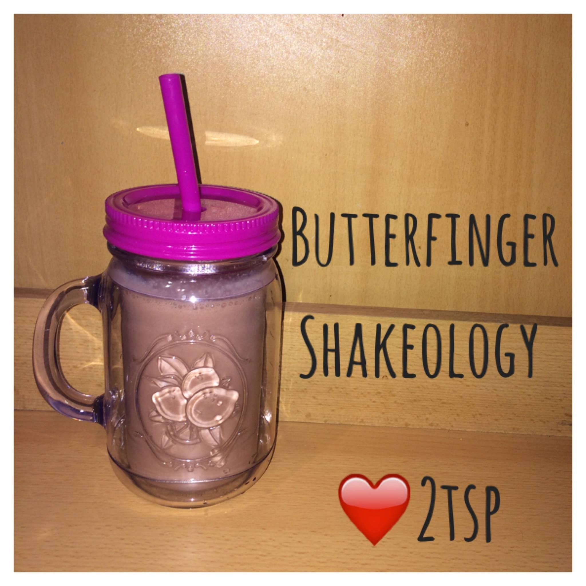 Serves 1 Container Equivalent (per serving): 1 Red, 2 Teaspoons 1 scoop of Chocolate Shakeology 1 cup unsweetened almond milk 2 teaspoons natural peanut butter 1/4 teaspoon butterscotch extract Ice…