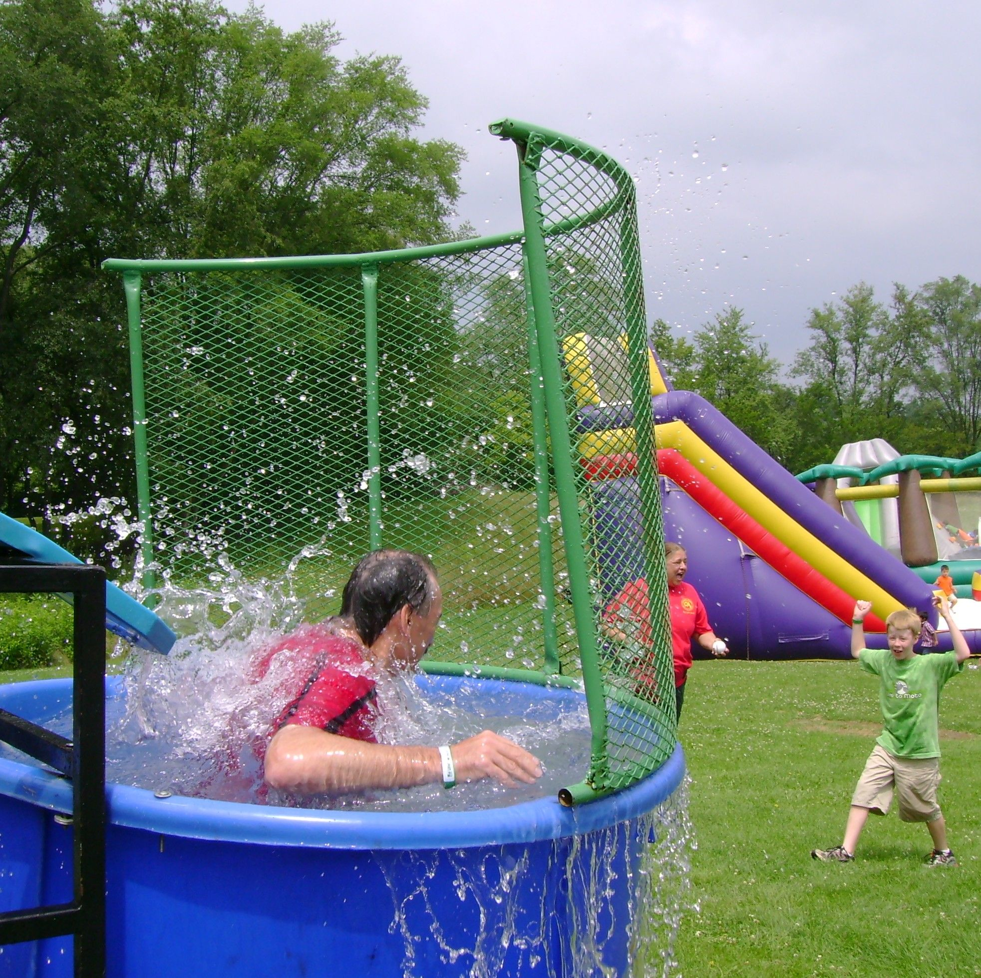 Dunk tank chicago party rentals with images carnival