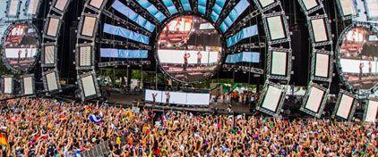 """Ежегодный американский EDM фестиваль """"ULTRA"""", проводится в Майями и собирает не много не мало около..."""