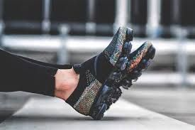 8b435706644e1 Image result for nike vapormax moc multicolor on feet