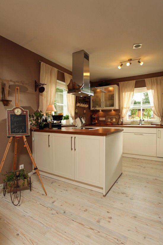 Fertighaus Wohnidee Küche und Esszimmer kompaktes Landhaus - küche landhaus weiß