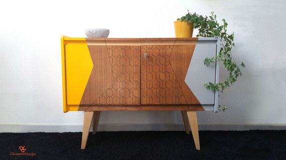 Buffet vintage en teck années 60, gris fer et jaune Salons and Room