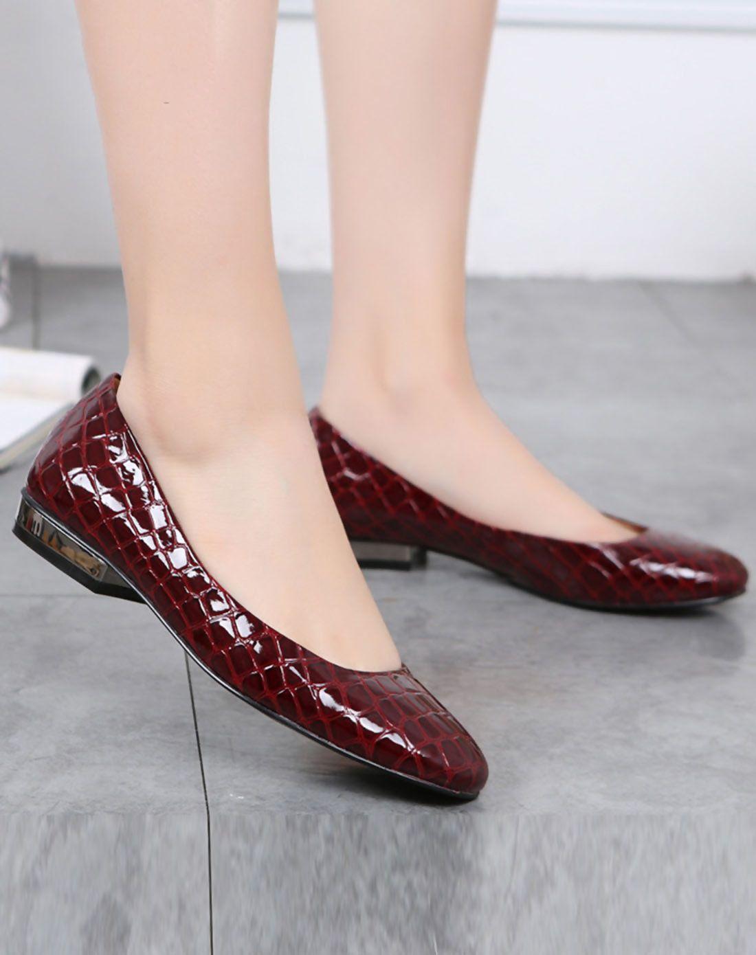 #AdoreWe #VIPme Flats - FOBISON Red Serpentine Round Toe Slip-on Flats - AdoreWe.com