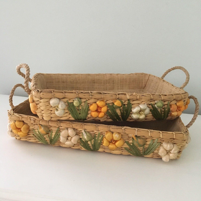 Vintage Casserole Dish Holder Tray With Raffia Flowers