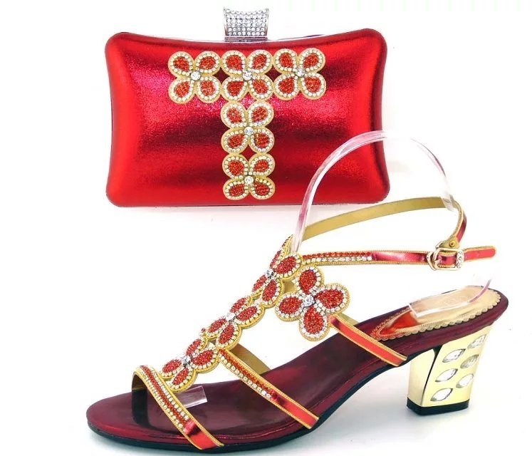 115.90$  Watch here - http://ali1b2.worldwells.pw/go.php?t=32750041722 - Latest Red Color Nigerian Party Shoes and Bag Set Italian Shoes with Matching Bags African Shoes and Bag Set for Party In Women