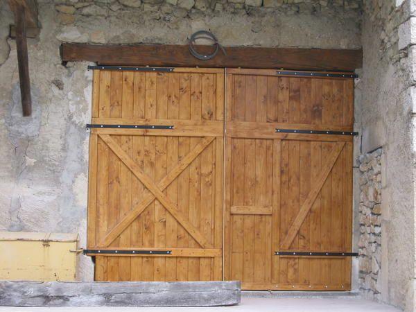 alain et cathy restauration d 39 une vieille ferme porte. Black Bedroom Furniture Sets. Home Design Ideas