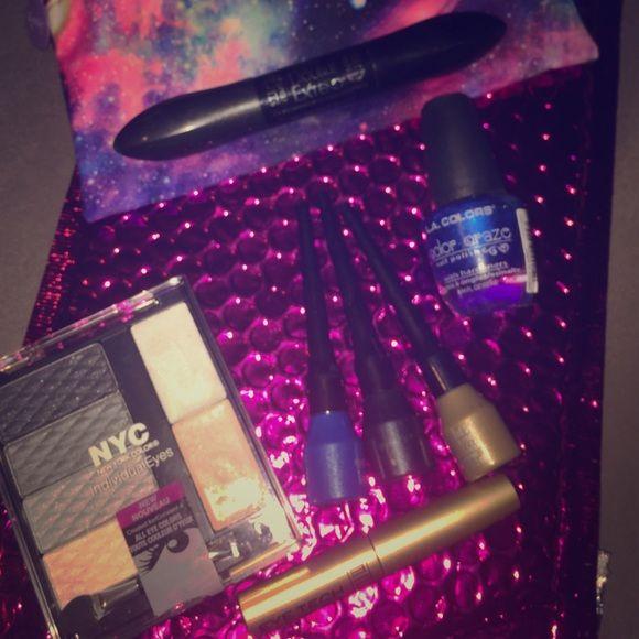 Make up bundle brand new Ipsy bag nyc individual eyes pallet Milan ...