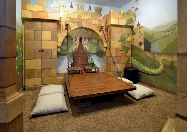 Kids room ideas plant lizard dragon kids castle room for Castle kids room