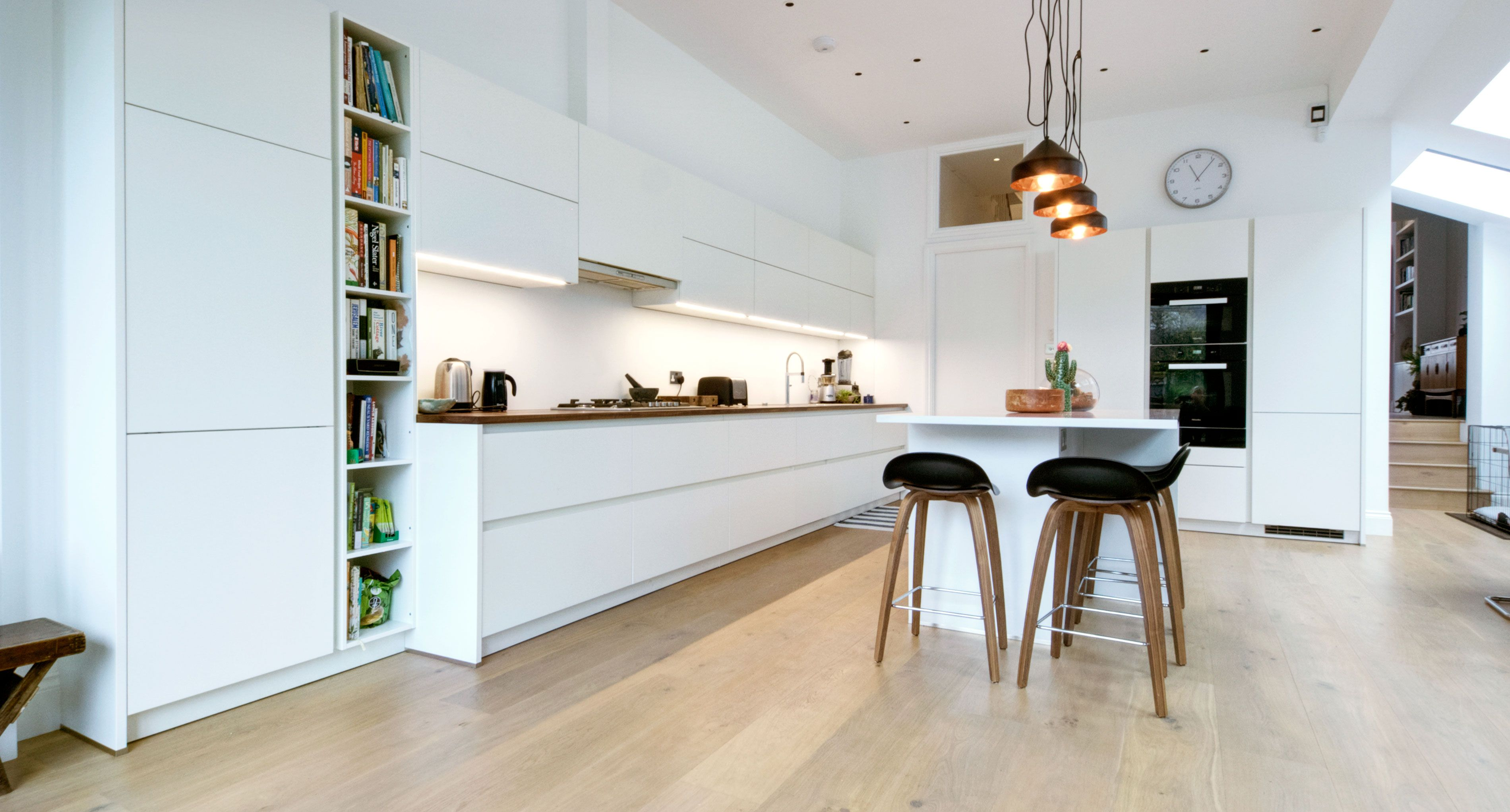 Best Matt White Handleless German Kitchen One Of Our Recent 640 x 480