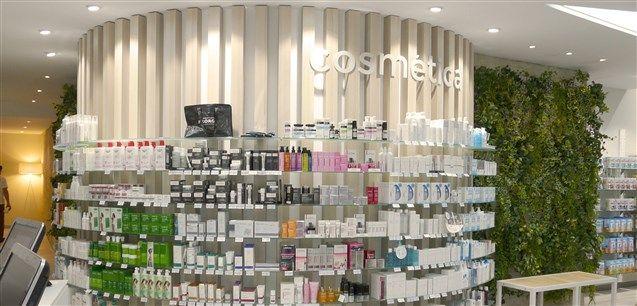Galeria De Instalaciones De Farmacia Diseno Mobiliario Con
