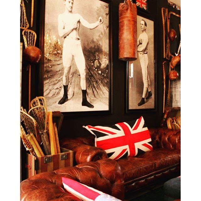 Timothy Oulton style is great. #timothyoulton #livingroom #sundaymorning #british #creativity  Instagram by: GRAEMENROBERTSON