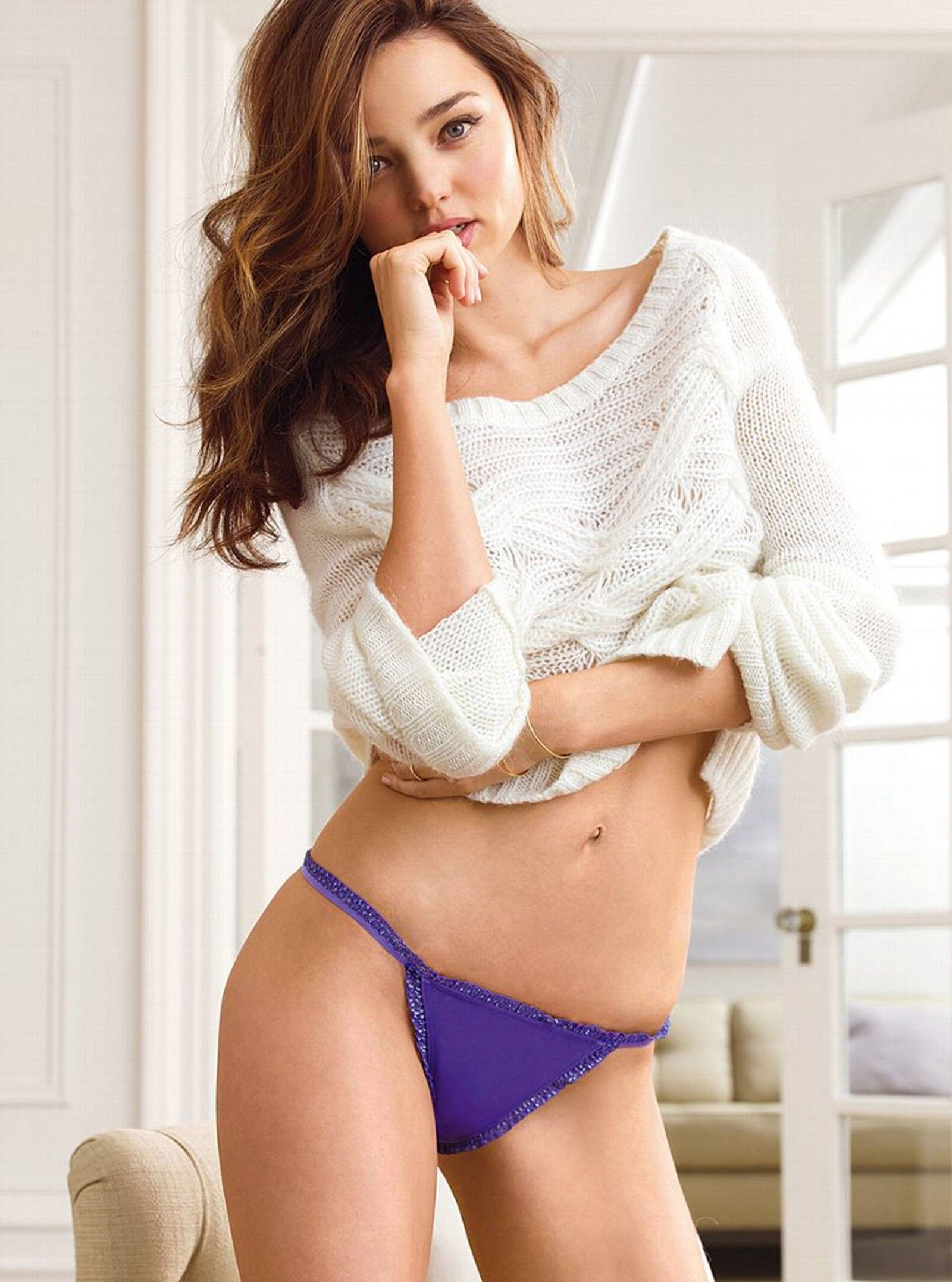 Miranda Kerr in Victoria's Secret lingerie ... | Miranda Kerr ...