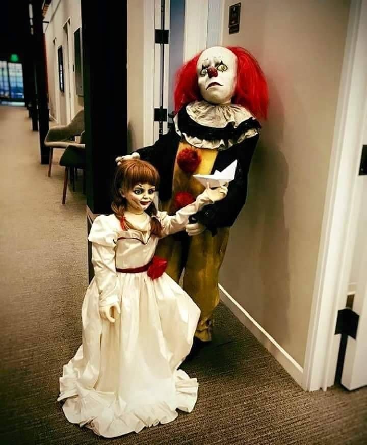 Aw Pennywise and Annabelle  77db3c4e2f5