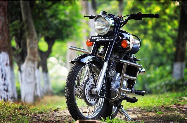 Pin By Lingam Shaty On Riding With Images Royal Enfield