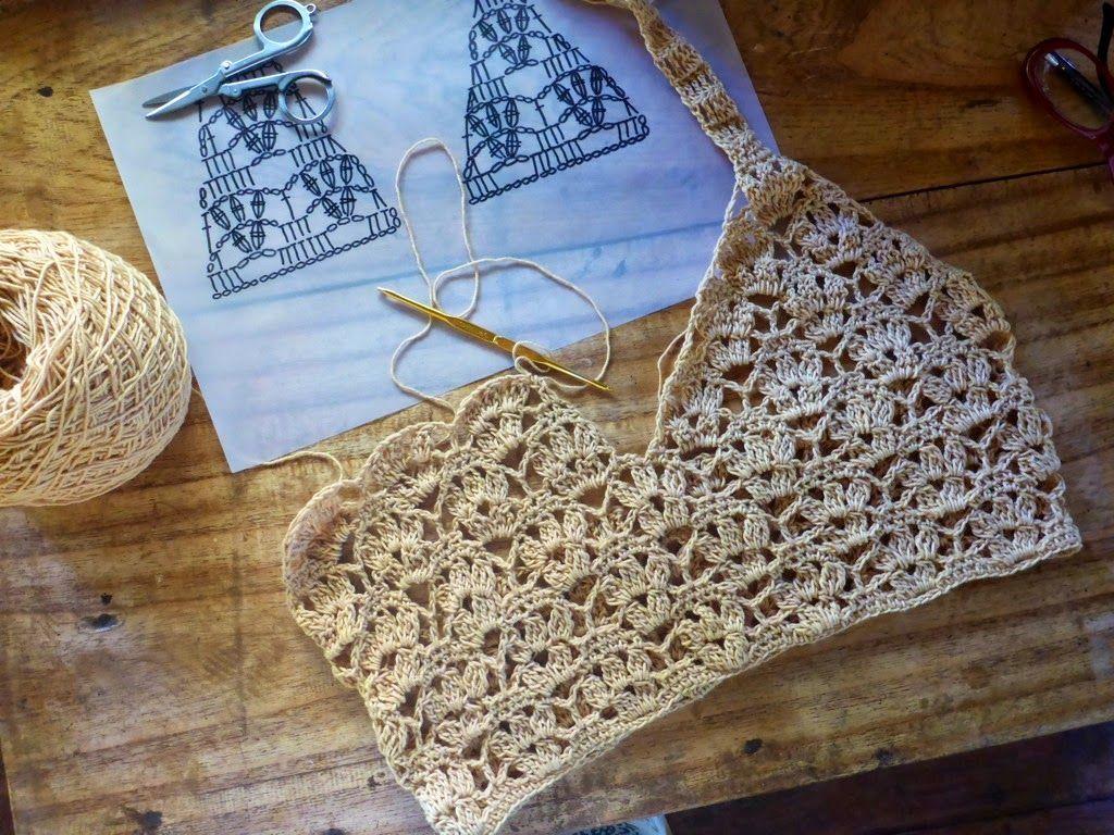 5c0ee3808 Cropped Top com gráfico Top Croche Com Grafico