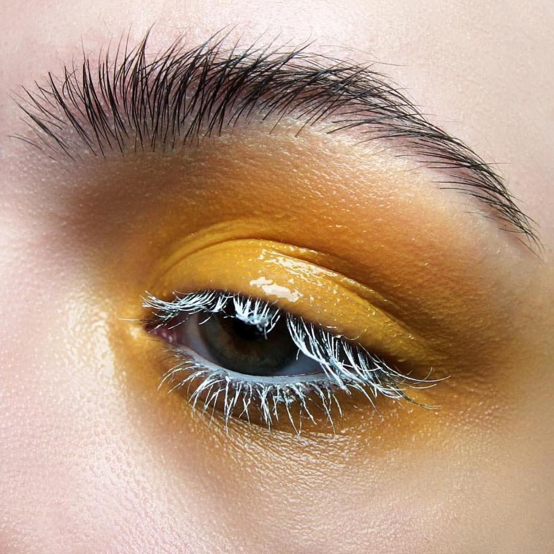 Pin by KAMI⚡ on KESHŌ Glossy lids, Eye makeup art