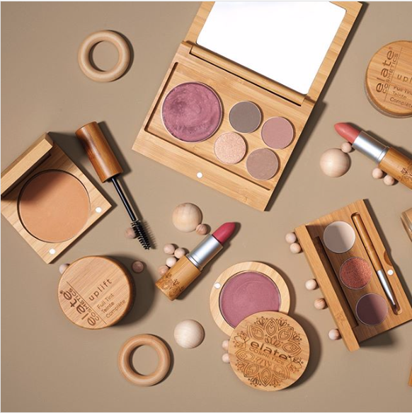 A Complete List of Zero Waste Makeup Brands — The Laurie Loo