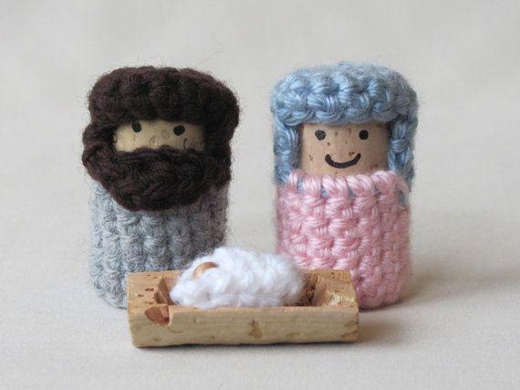 Nativity Set -- Crochet on Recycled Wine Corks. Strange and thrifty. I like it!