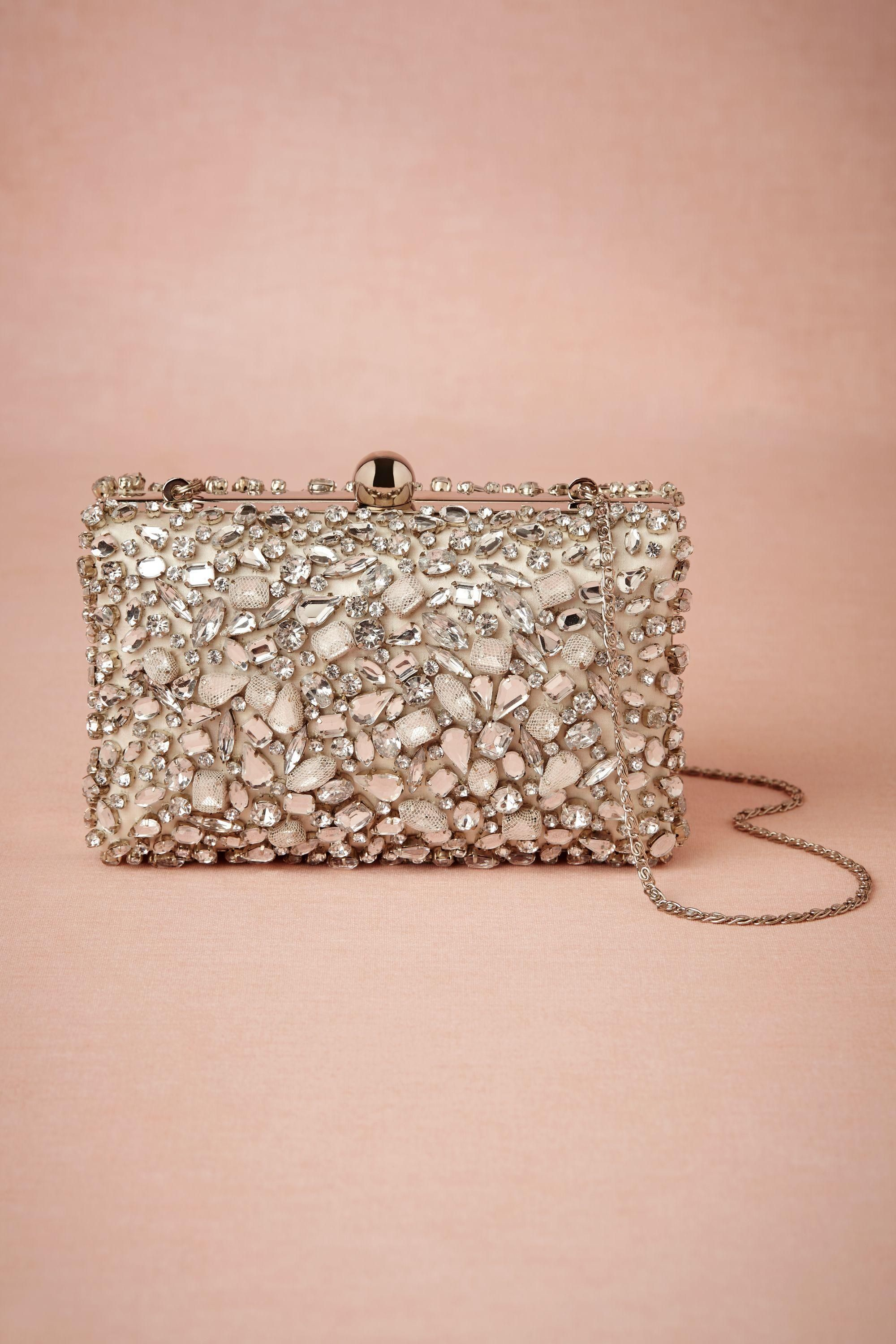 93cd5513fc0 This jeweled clutch purse is beautiful. #wedding #bridal #gift #bridesmaids  #purse #evening #party #dance