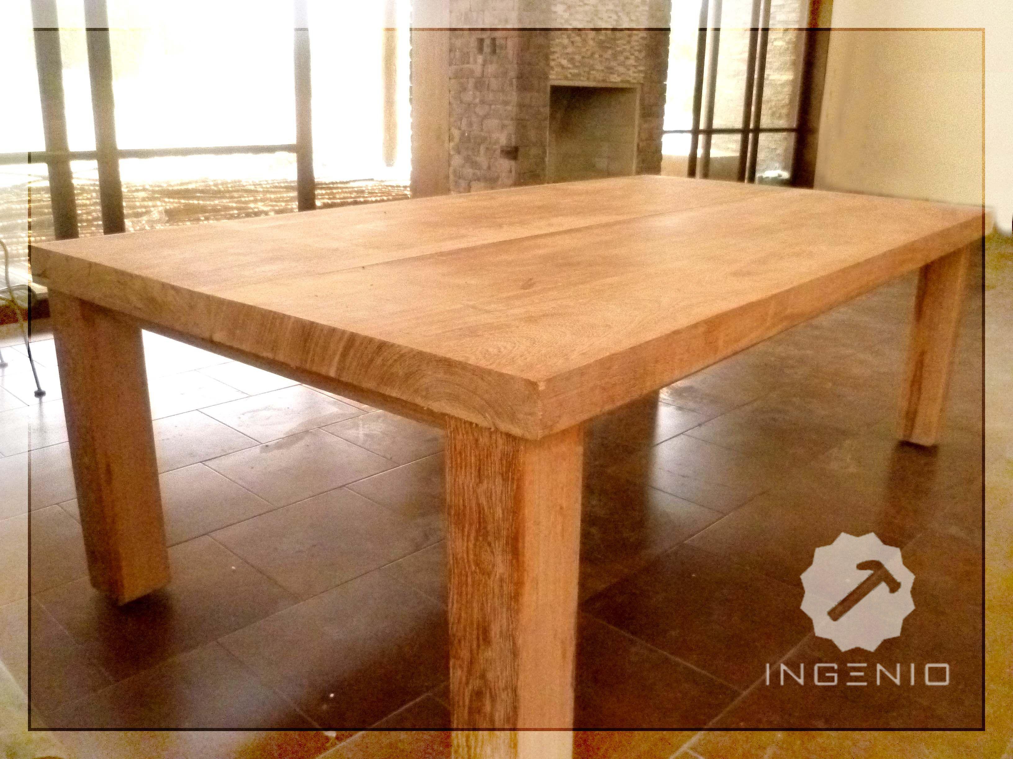 Mesa edor en madera Huayruro