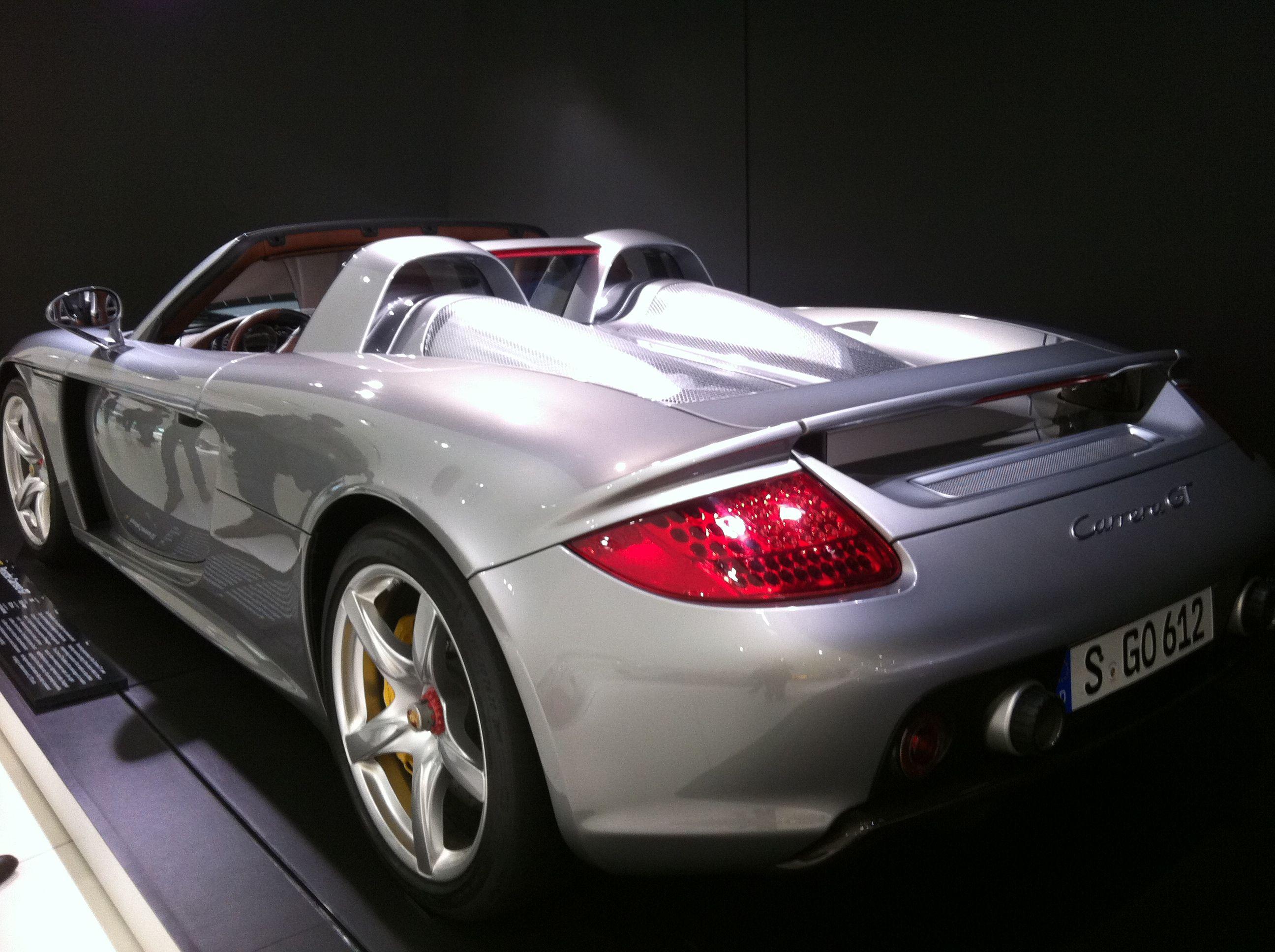 Porsche...<3ly car