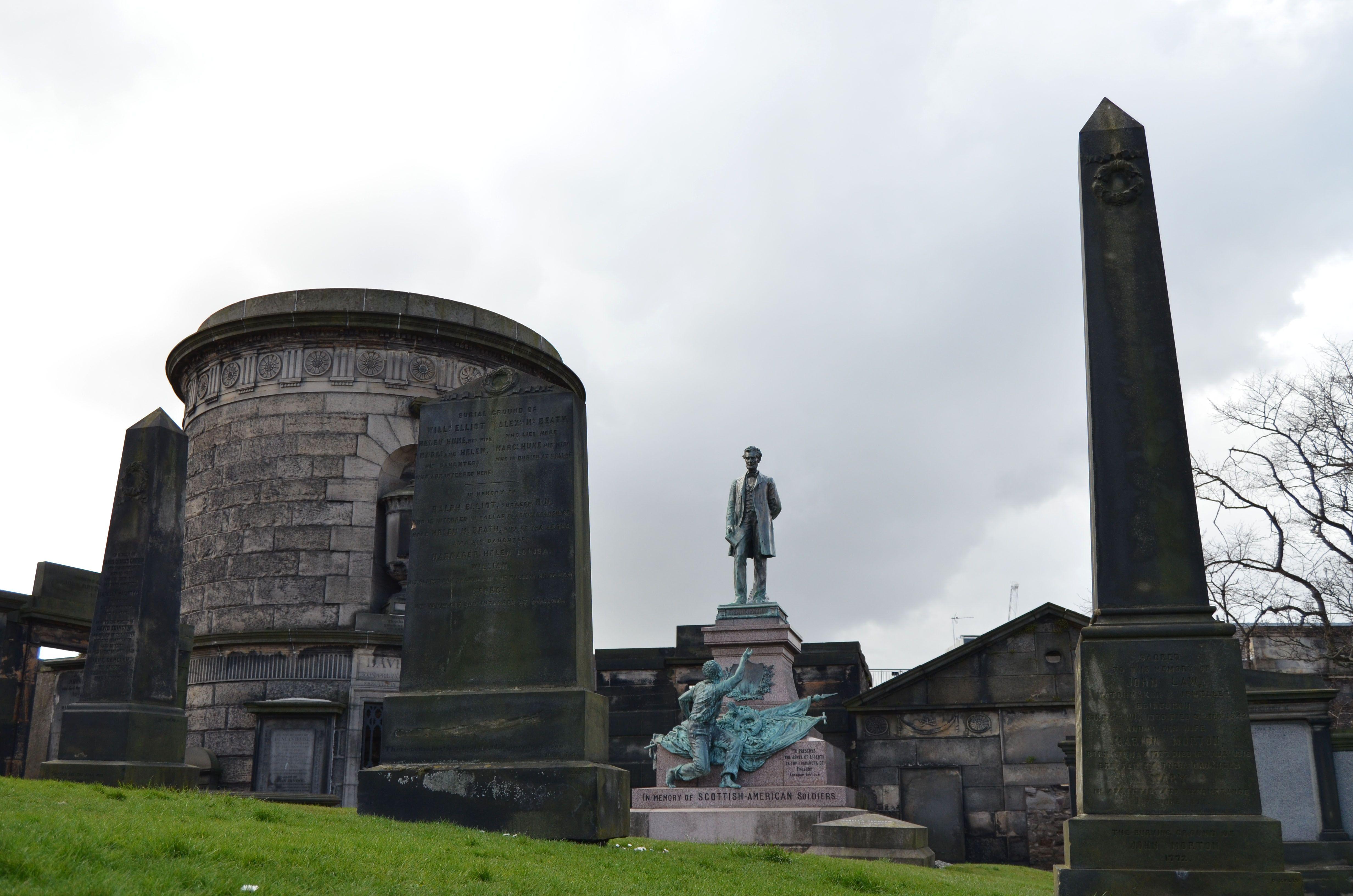 Cementerio Calton Burial Ground