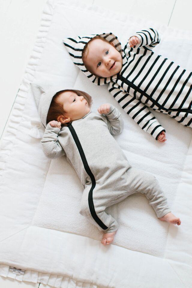 40730db8ef86 Minimal chic baby fashion