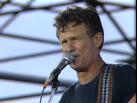 Kris Kristofferson Shipwrecked In The 80s Live At Farm Aid 1985 Youtube Kris Kristofferson John Mellencamp Dave Matthews