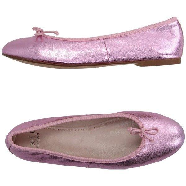 E(x)it Ballet Flats ($65) ❤ liked on Polyvore featuring shoes, flats, light purple, lavender ballet flats, round toe flats, ballerina flat shoes, flat shoes and lavender flats