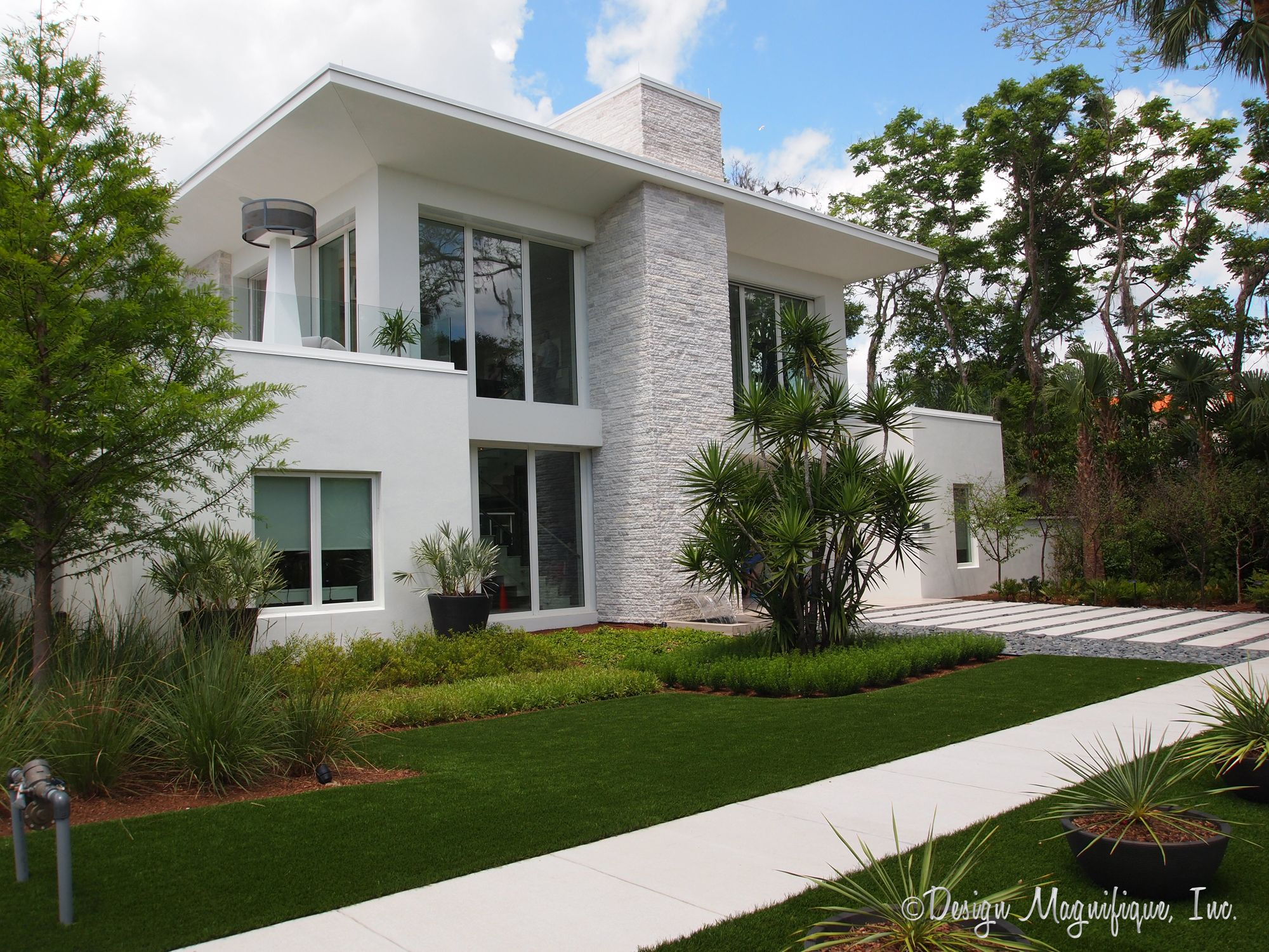 Tour the 2012 new american home by architect phil kean for American house exterior design