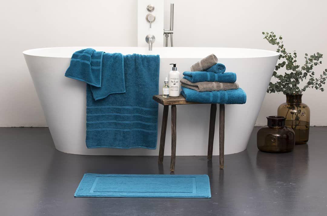 Fur Eine Perfekte Wellness Oase Muss Die Atmosphare Stimmen Damit Du Dich Richtig Wohlfuhlst Brauchst Du Handtucher In Wunderschone Towel Rack Bathroom Towel