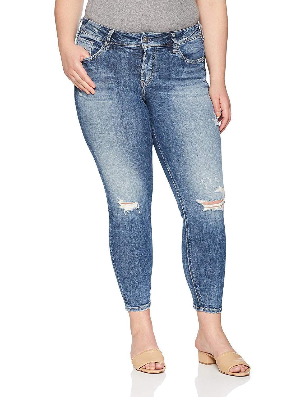 47cd8079cca Amazon.com  Silver Jeans Co. Women s Plus Size Suki Curvy Fit Mid ...
