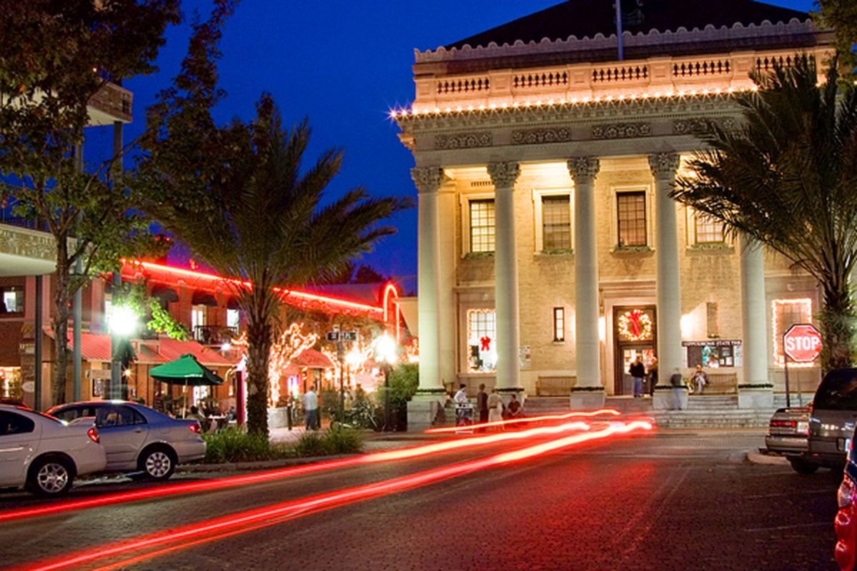 Best Places To Live In Florida Best Places To Live Best Retirement Cities Gainesville Florida