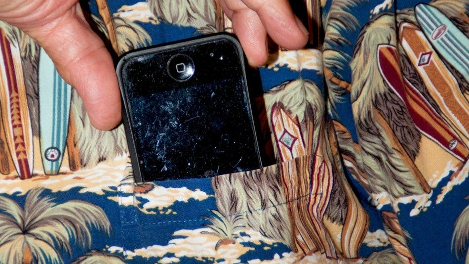 How to remove scratches from your phone phone screen